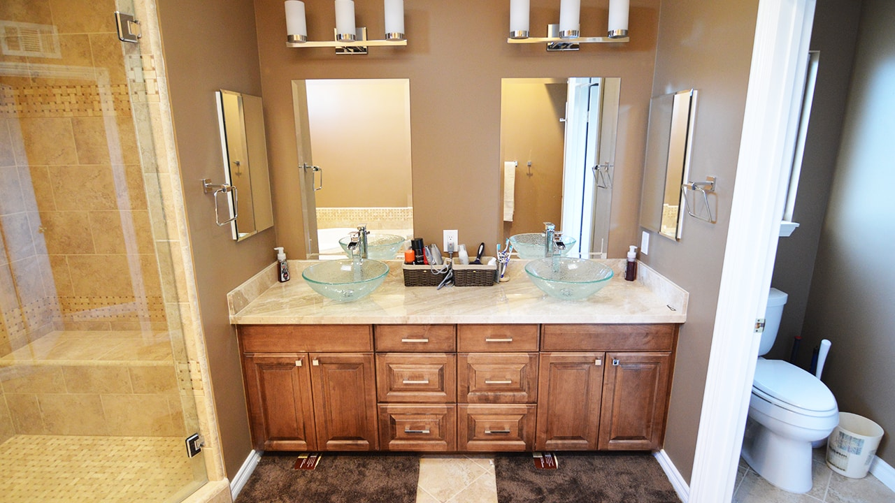 Astonishing Traditional Master Bathroom Brea Ca Home Accents Download Free Architecture Designs Xaembritishbridgeorg